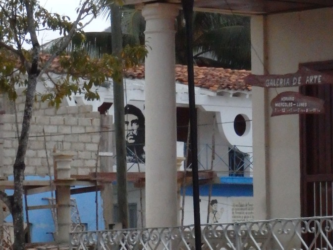 Che is always watching!